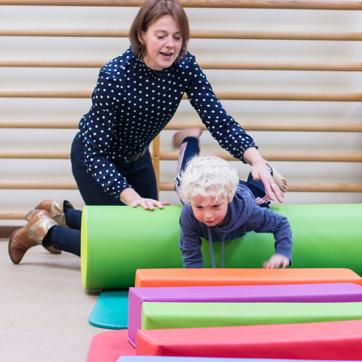 Kinderfysiotherapie Breda, motoriek, motorische ontwikkeling, grove motoriek, schrijven