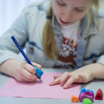 Kinderfysiotherapie Breda, Ginneken, schrijven, schrijfmotoriek, fijne motoriek